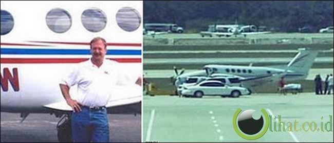 Penumpang yang Berhasil Mendaratkan Pesawat Saat Pilot nya Meninggal di Udara