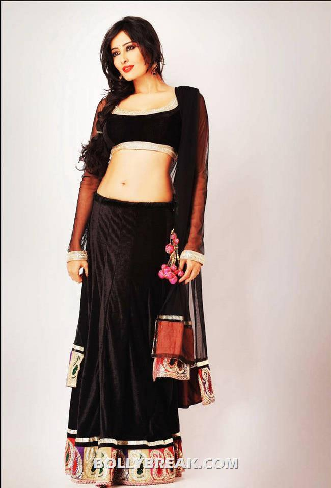 Nidhi Subbaiah Navel nidhi subbaiah - hd pictures and wallpapers ...