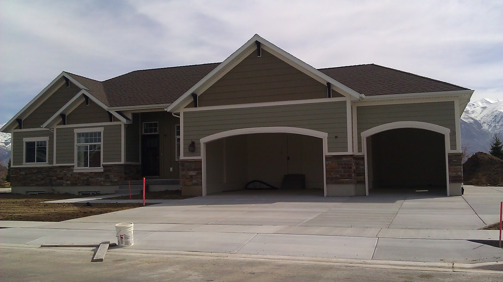 Stucco tech march 2011 - Exterior house colors brown ...