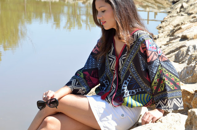 blusa-estampada-falda-denim-blanca-blogger-look-outfit-casual-ethnic-blouse