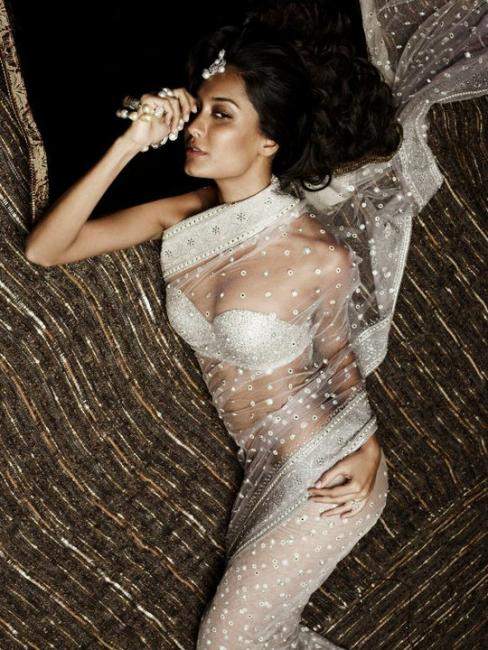 Lisa Ray - Lisa for Tarun Tahiliani Bridal Couture Exposition