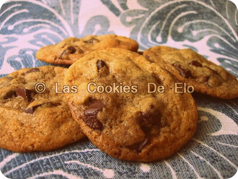 http://lascookiesdeelo.blogspot.com.es/2013/04/cookies-caseras-tipo-chips-ahoy.html