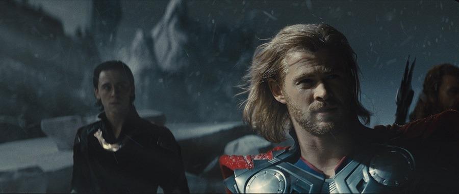 Filme Thor 2 - O Mundo Sombrio Torrent