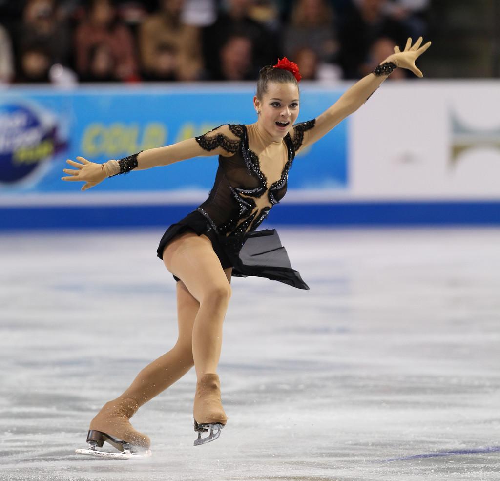 adelina sotnikova skate america day mxnxqzgx jpg