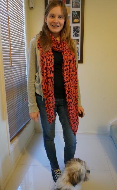 neon leopard print scarf juicy couture hoodie black tee converse skinny jeans