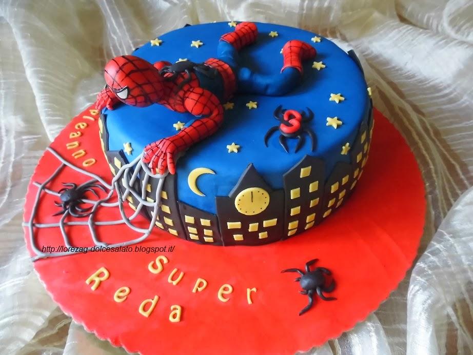 Le torte di lorena e non solo torta spiderman for Decorazione torte spiderman