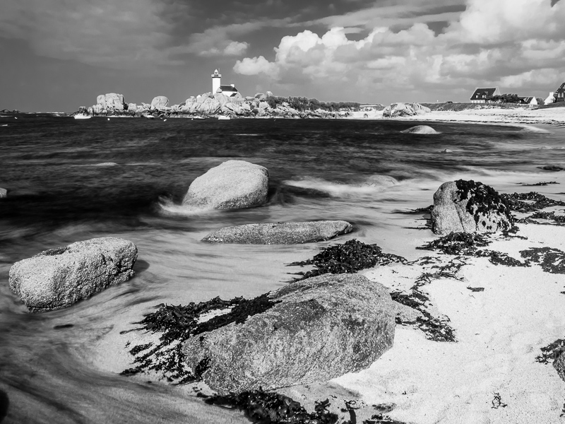 marée montante au phare de Pontusval à Brignogan - Finistère 06052015-P5060175