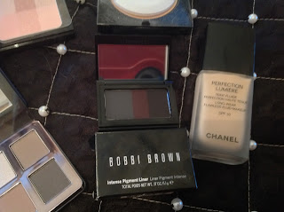 http://www.bobbibrown.co.uk/greige-collection?77tadunit=08566737&77tadvert=70067107594&77tkeyword=bobbi%20brown%20greige&77tentrytype=s&77tentry=GreigeCollection_Sep2015&cm_mmc=ppc-_-77agency-_-search-_-brand-_-bobbi%20brown%20greige&gclid=Cj0KEQjwvdSvBRDahavi3KPGrvUBEiQATZ9v0HpyV19bGdkrdELkdpUiA7wAVRuRrg3ed6ICd1Y8KIoaAgkV8P8HAQ