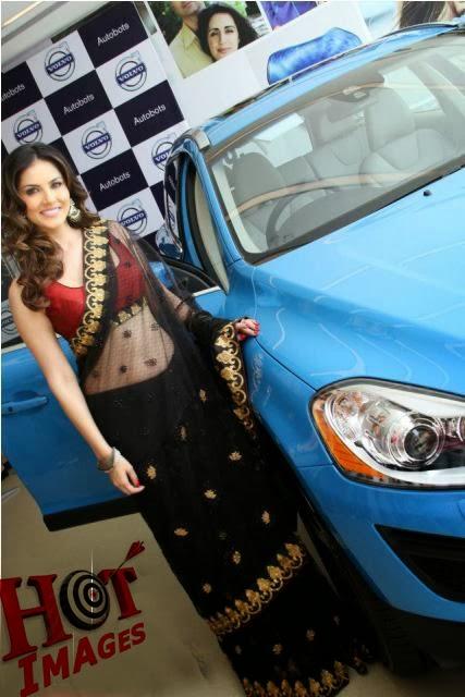 Sunny Leone Hot and Sexy in Black Saree