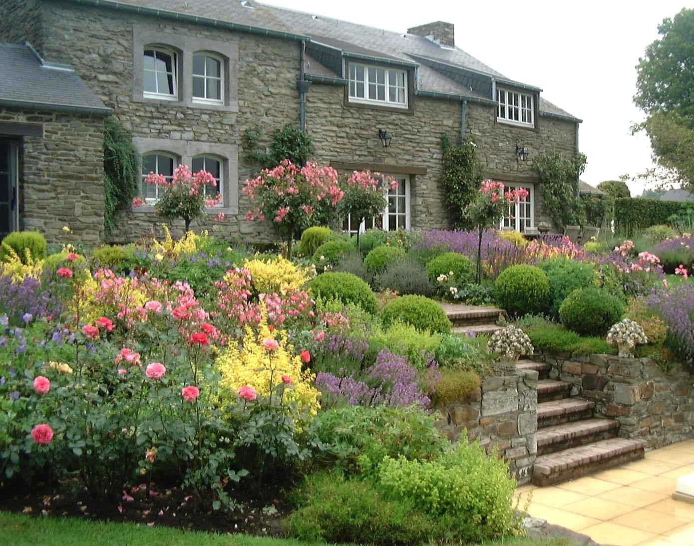 Sous le ciel ardennais deux jardins visiter en for Visiter les plus beaux jardins anglais