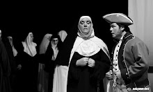 Tara and Garry in Carmelites