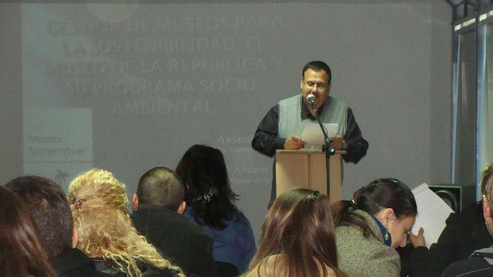 Coordinador. Luis Vega Vergara