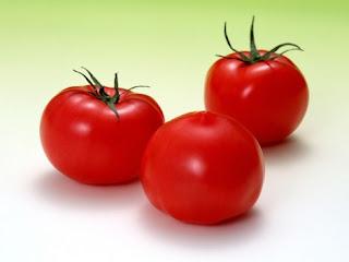 Conozca los beneficios de comer tomates