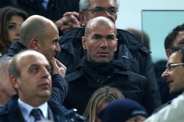 Zinedine Zidane Tawarkan Jadi Mentor Gareth Bale Menghadapi Tekanan sebagai Pemain Termahal Dunia