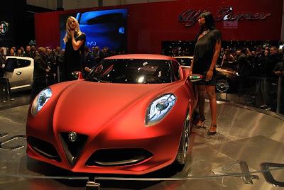 Alfa-Romeo-4C-Concept-Live-2012-car-1