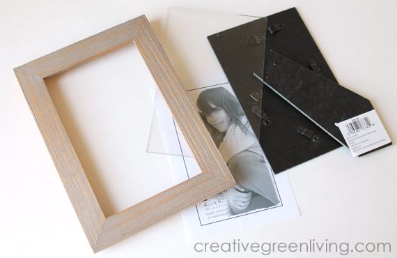 DIY Desktop Essential Oil Display Shelf from a Picture Frame ...