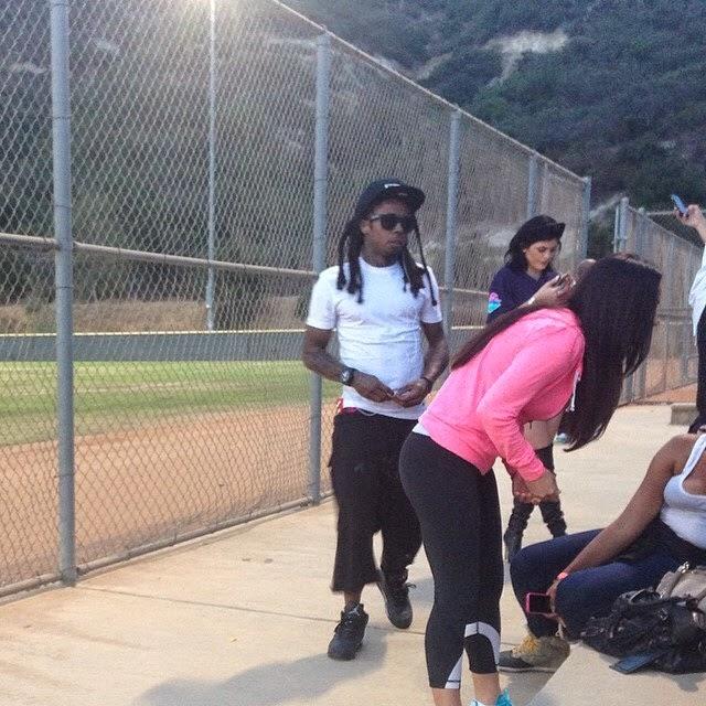 fotos de lil wayne en el partido benefico de kickball de chris brown