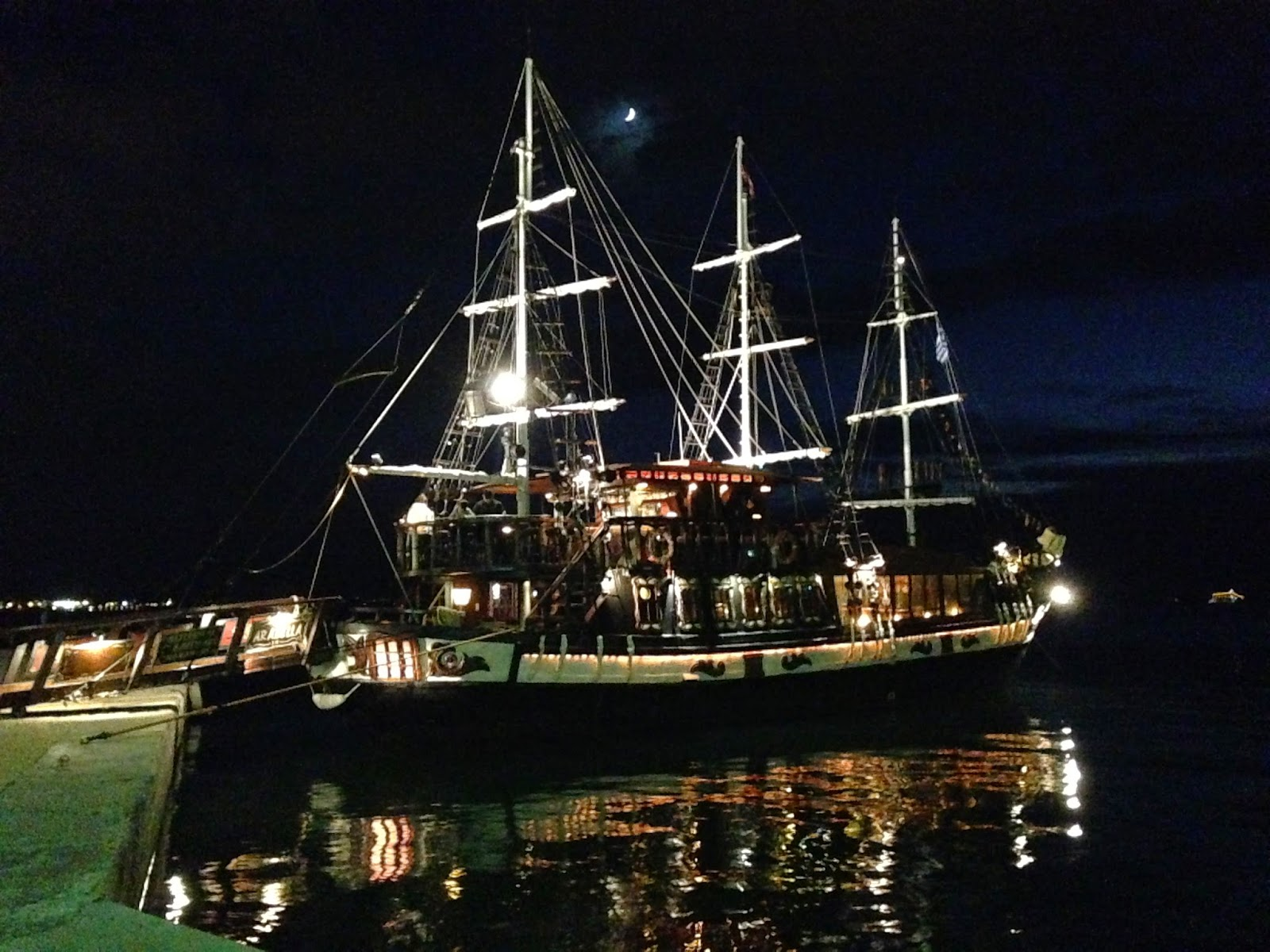 Покататься-на-кораблях-в-Салониках