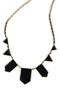 www.shein.com/Black-Collar-Geometry-Irregular-Pendant-Necklace-p-109139-cat-1755.html?aff_id=2687