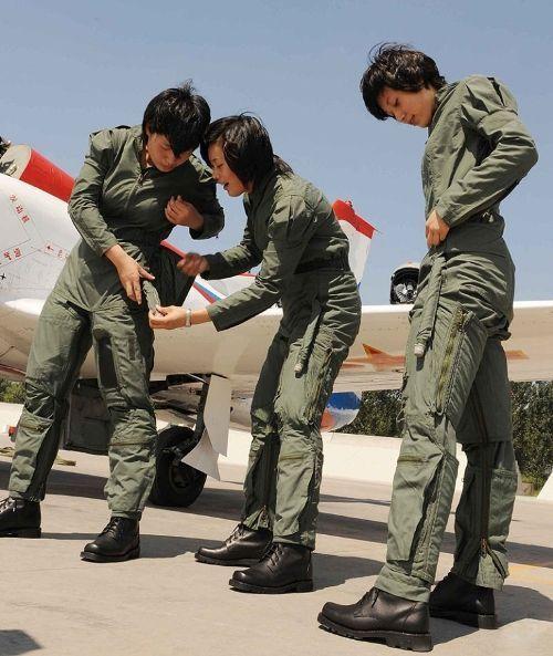Pilot wanita China