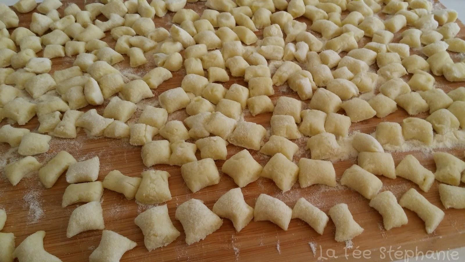 Gnocchi de pomme de terre recette facile pour des p tes - Pomme de terre rissolees maison ...