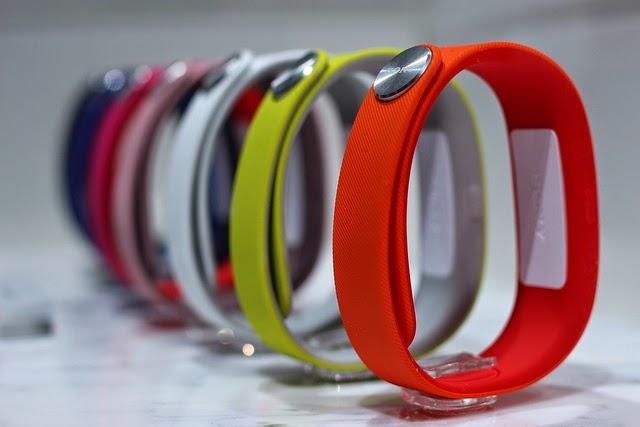 farebné Sony Smartband