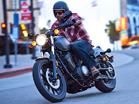 2014 Yamaha Bolt R-Spec pictures 1