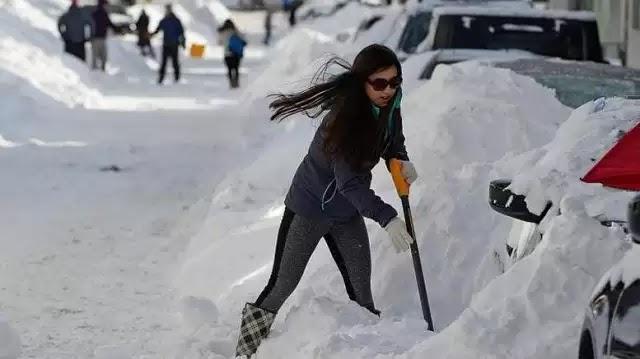 """Γελάει ο πλανήτης: Xιονοθύελλα στο Κολοράντο αναβάλει διαδήλωση για την γνώστη απάτη """"υπερθέρμανσης του πλανήτη""""!"""
