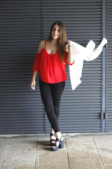 http://www.dresslink.com/?utm_source=blog&utm_medium=banner&utm_campaign=lexi120