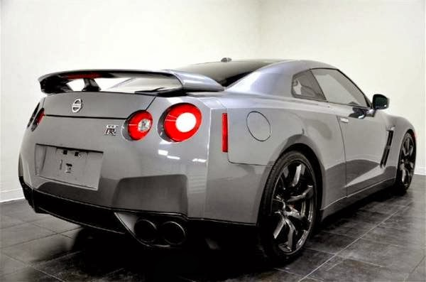 2010 nissan gt r for sale 4x4 cars. Black Bedroom Furniture Sets. Home Design Ideas