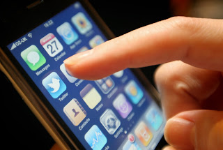 Αυτή η εφαρμογή κλέβει προσωπικά δεδομένα απ'το κινητό σας