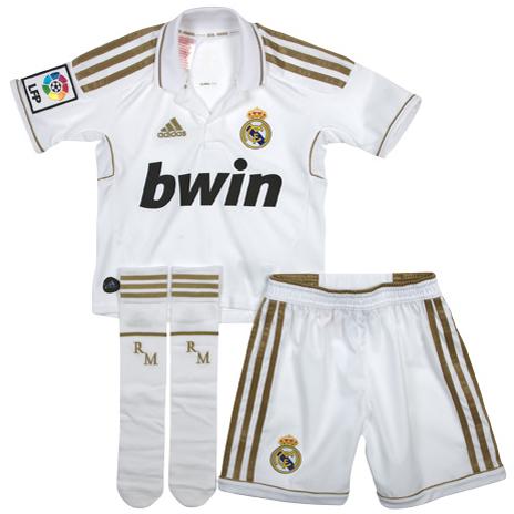 equipación Real Madrid 2012 niño