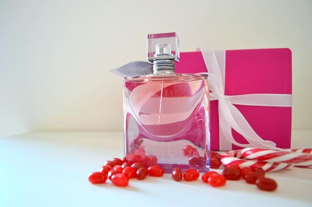 Natale 2015 Regali idee profumo per lei e per lui, profumerie sabbioni, profumi online ecommerce, lancome la vie est belle