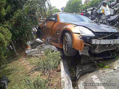 Kecelakaan Mobil Mahal Di Indonesia