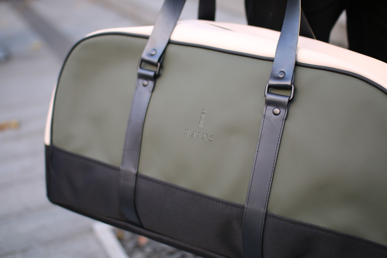 rains travel bag green