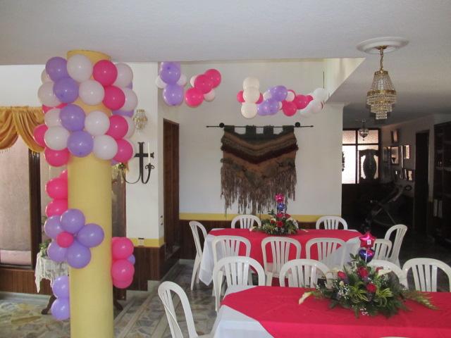 Decoracion con globos primera comunion fiestas for Decoracion globos comunion