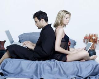 Jejaring Sosial Mengubah Banyak Aspek Perilaku Pasangan www.terungkap.net