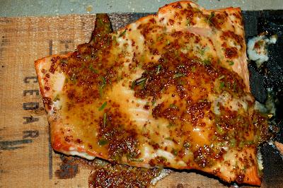 Cedar Plank Salmon | www.kettlercuisine.com