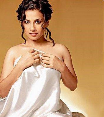 Brilliant Vidya balan hot bra