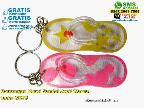 Gantungan Kunci Sandal Jepit Warna