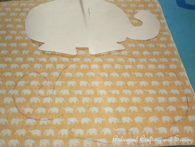 Bilingual Crafting and Sewing: A Bilingual Elephant-Herd - Eine ...