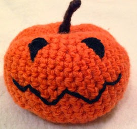 Free Crochet Patterns For Halloween : 2000 Free Amigurumi Patterns: Free pumpkin pattern for ...