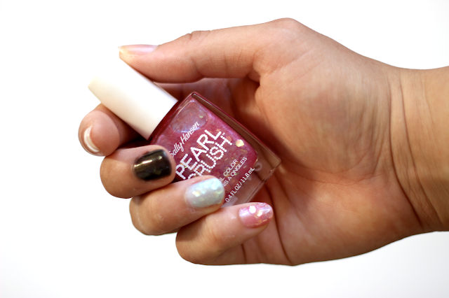 Sally Hansen Pearl Crush Nail Colors in Lady Crab