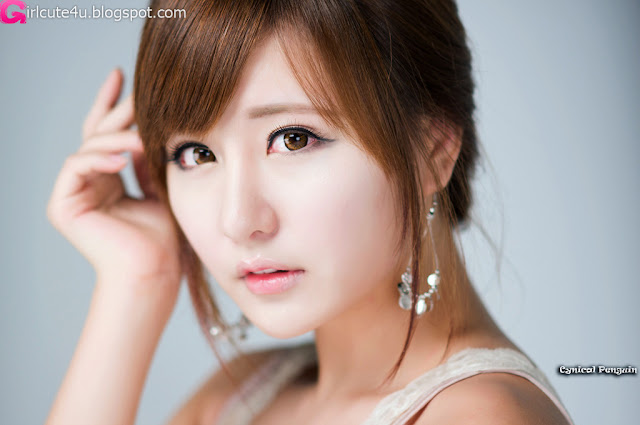 Ryu-Ji-Hye-V-Neck-Sequin-Dress-03-very cute asian girl-girlcute4u.blogspot.com