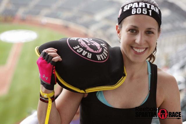 Spartan race citi field stadium sprint 2015 sand bag carry