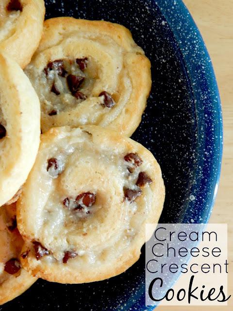 cream cheese crescent cookies (sweetandsavoryfood.com)