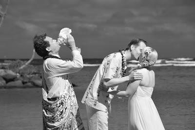 Hawaiian Weddings
