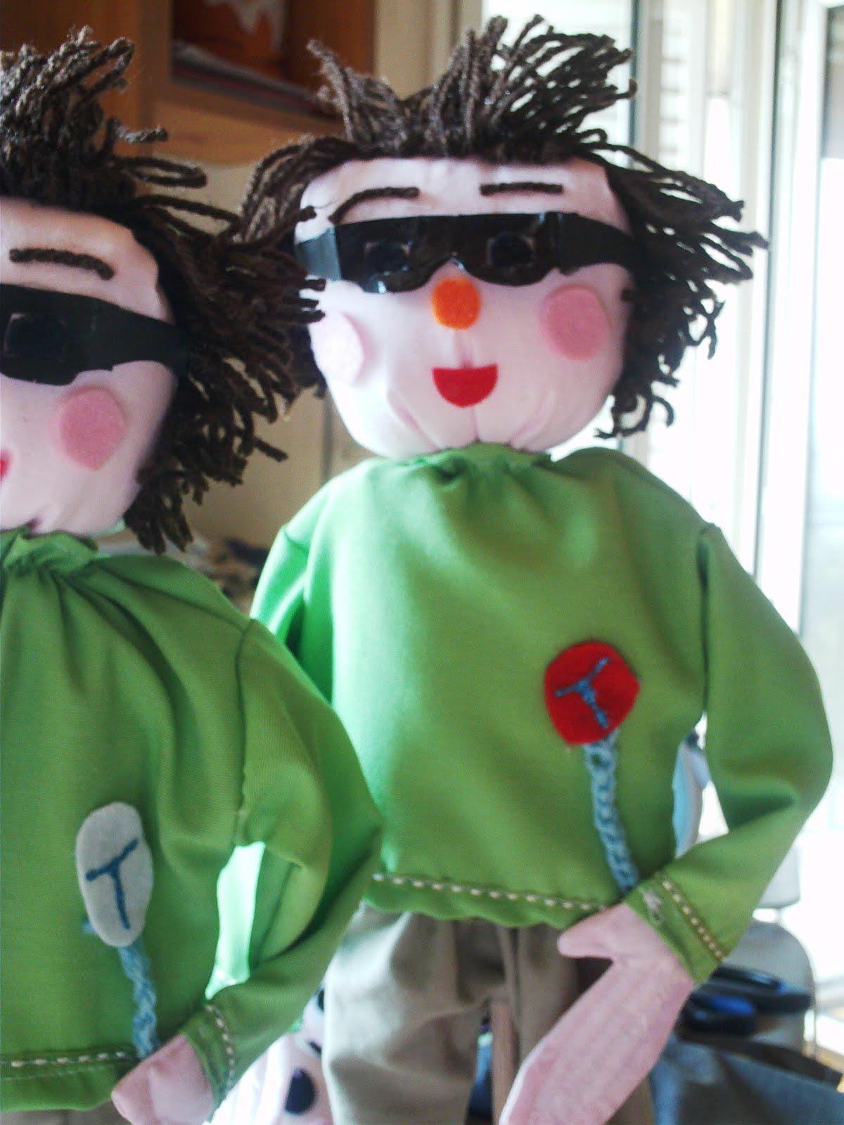 Κούκλες στις Γωνιές