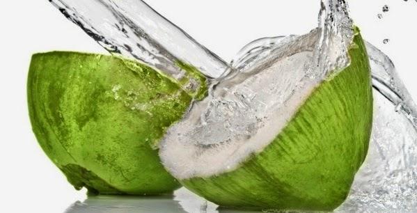Berbagai Manfaat Kesehatan Air Kelapa