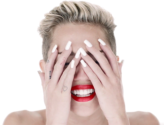 Fotos e Gifs Wrecking Ball -Miley Cyrus
